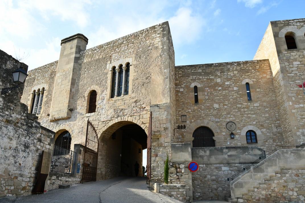 Portal del castell de la Suda de Tortosa