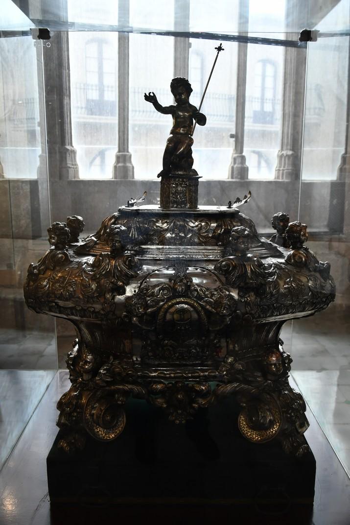 Urna de l'exposició permanent de la Catedral de Santa Maria de Tortosa