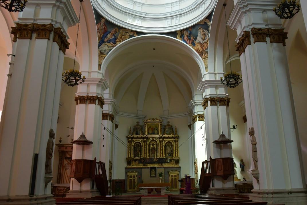 Nau central de l'església de Sant Antolí Màrtir d'Aitona