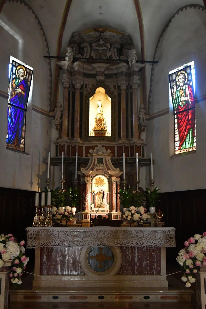 Altar de l'església de Santa Maria Major de Sirmione de Garda