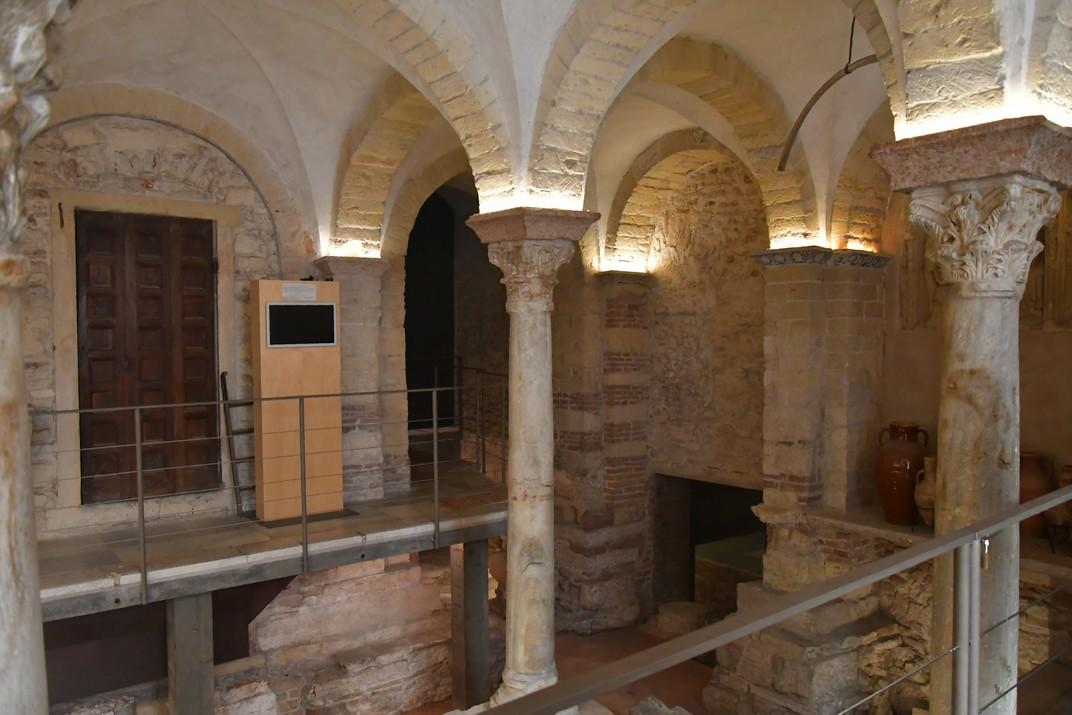 Atri de Santa Maria Matricular del conjunt catedralici de la Catedral de Verona