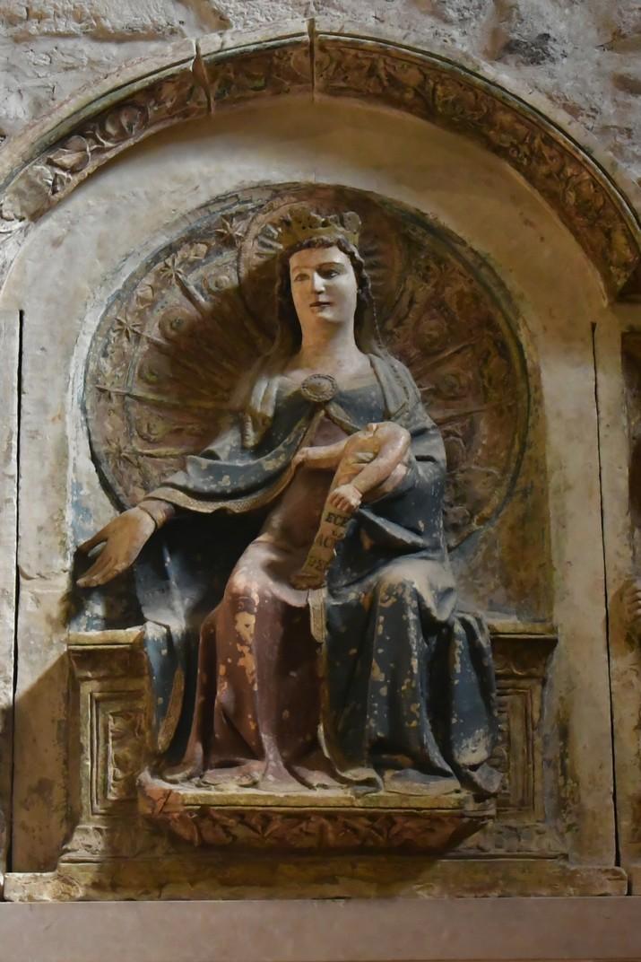 Baix relleu de l'església de Santa Elena del conjunt catedralici de la Catedral de Verona