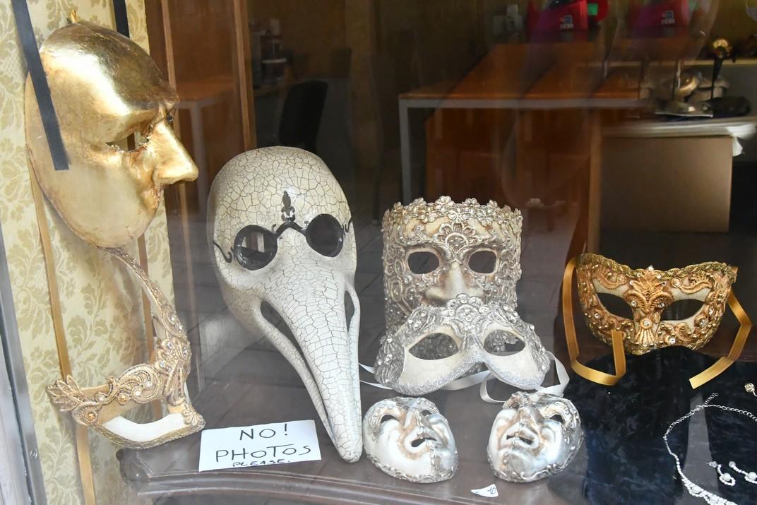 Botigues d'artesans del barri San Polo de Venècia