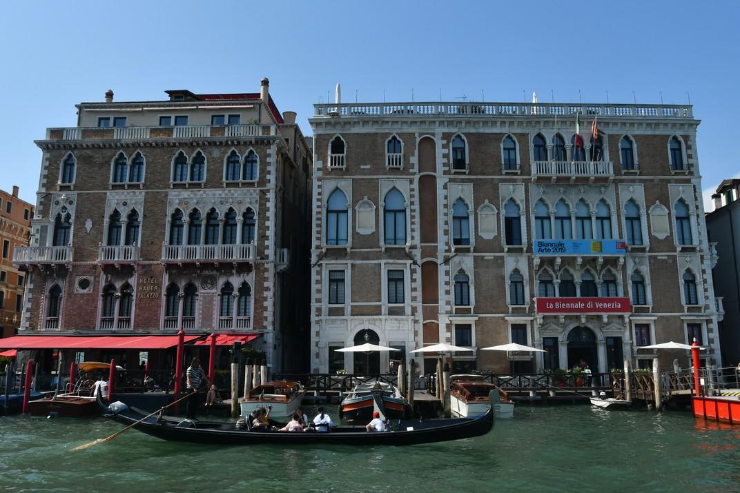 Ca'Giustinian del Gran Canal de Venècia