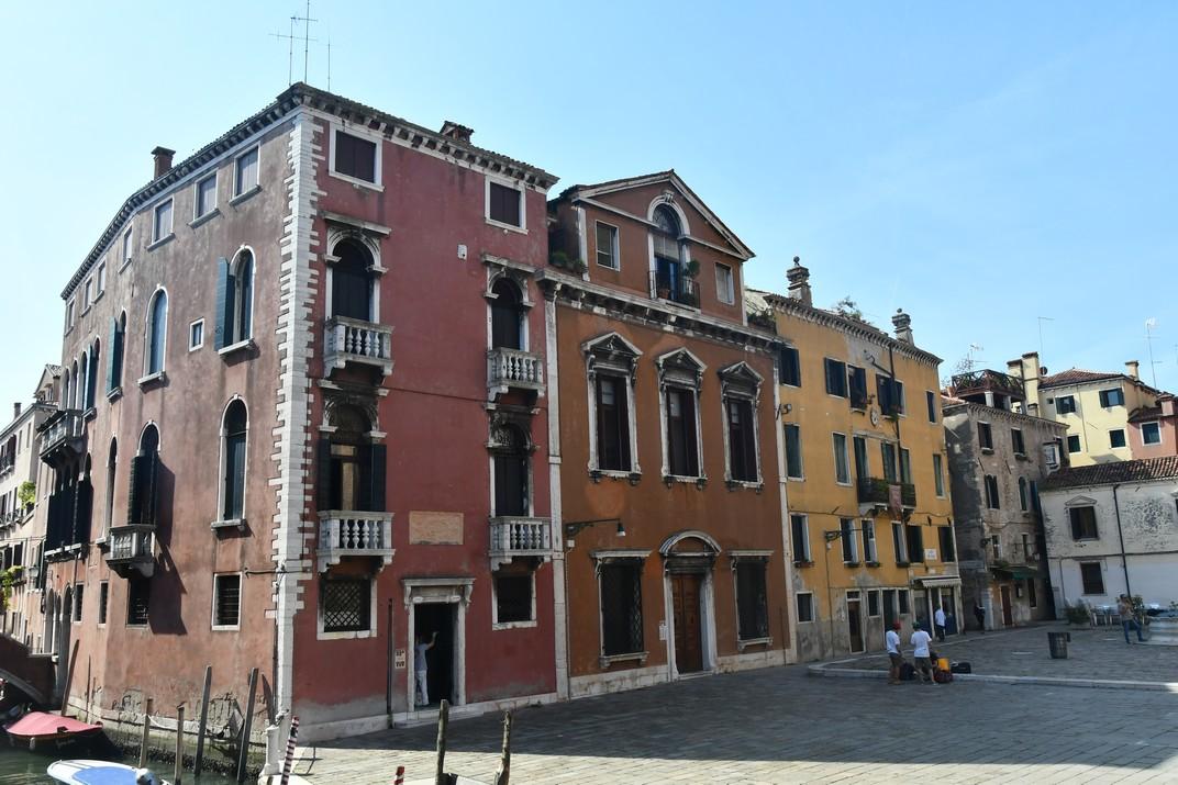 Campo dels Frari del barri San Polo de Venècia