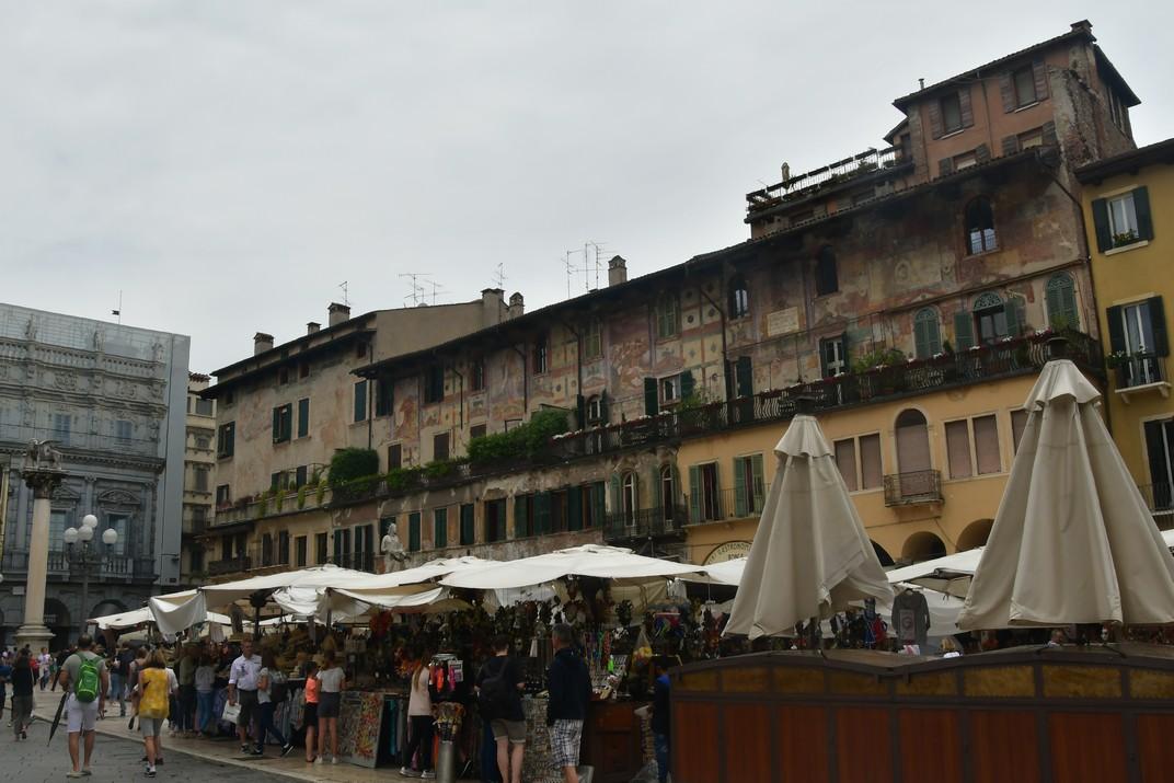 Cases Mazzanti de la plaça Erbe de Verona