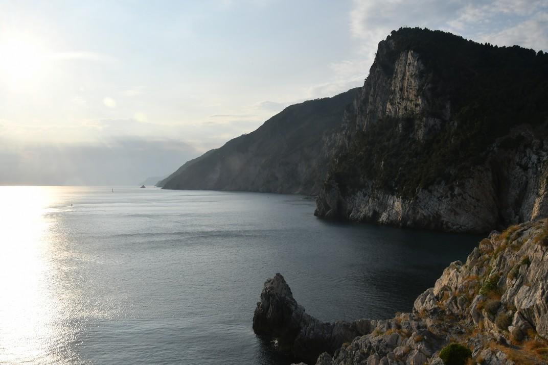 Costa de Les Cinc Terres des de la Lògia de l'església de Sant Pere de Portovenere - Riomaggiore
