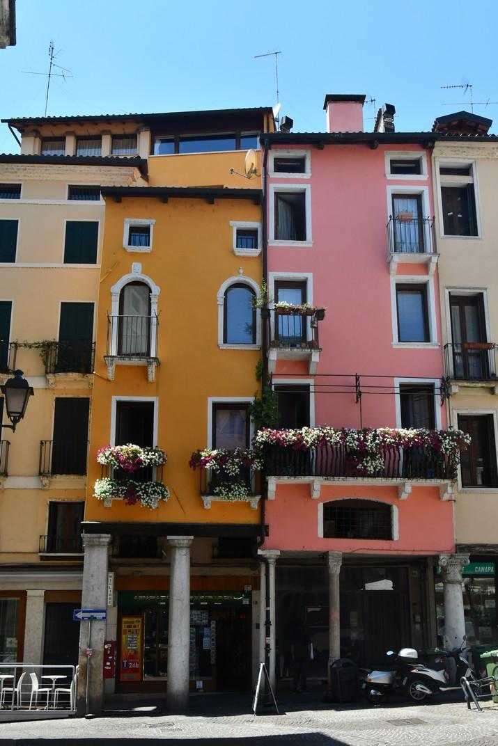 Edificis porxats de la plaça de l'Erbe de Vicenza