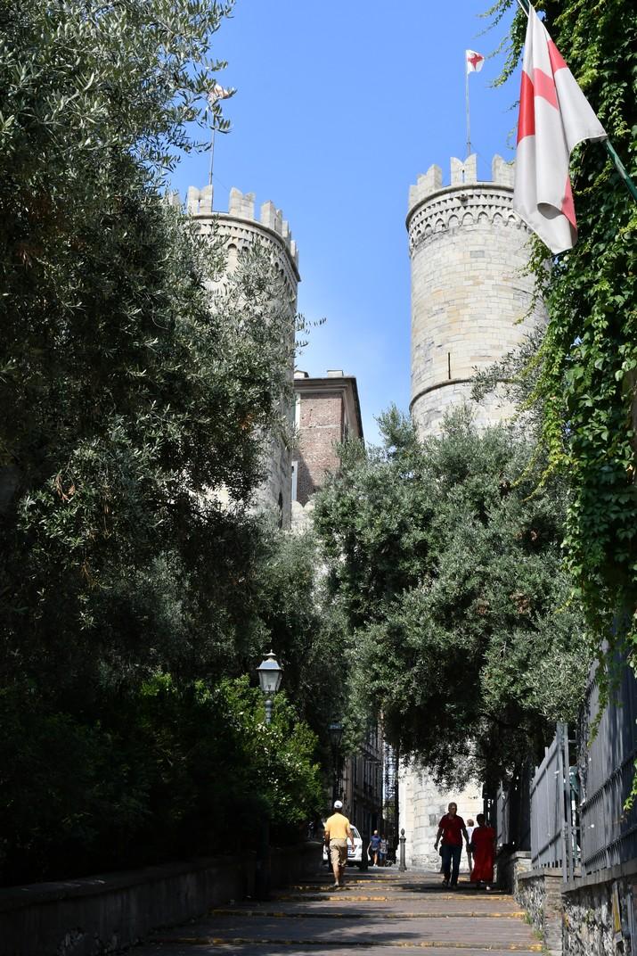 Entrada a la Porta Soprana de Gènova