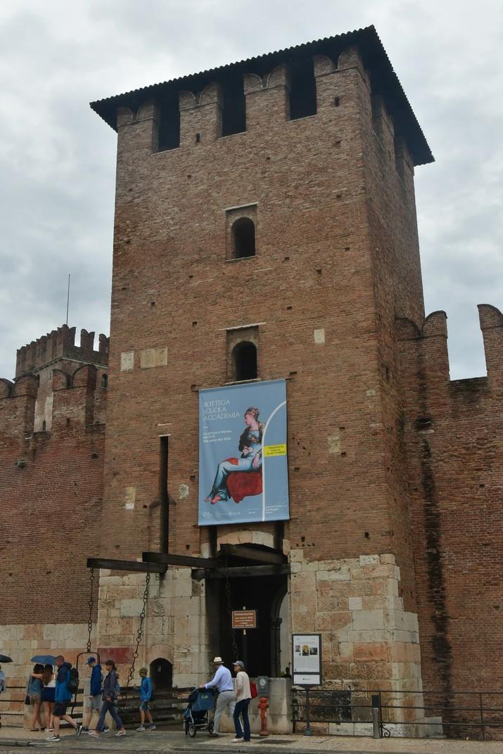 Entrada de Castelvecchio de Verona