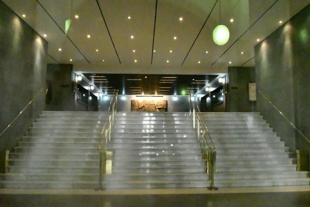 Entrada del Teatre Carlo Felice de Gènova