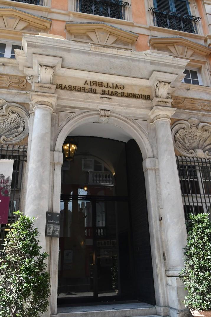 Entrada Palau Luca Grimaldi - Blanc de Gènova