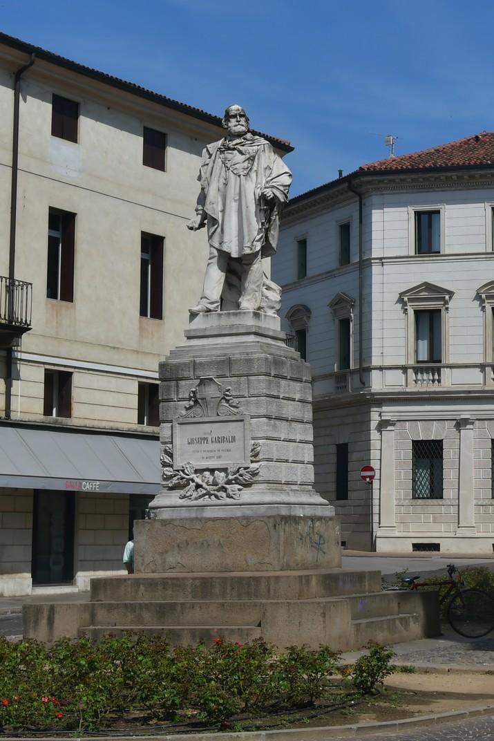 Estàtua de Garibaldi de Vicenza