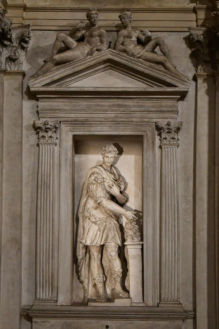 Estàtues dels fundadors del Teatre Olímpic de Vicenza