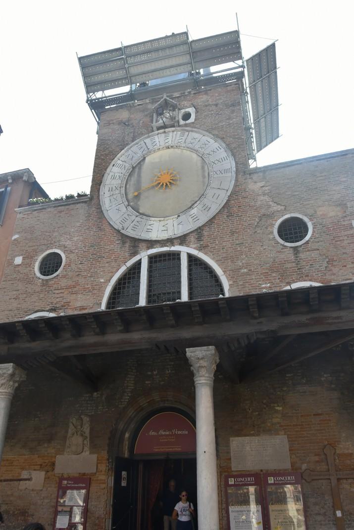 Façana de l'església de Sant Jaume el Major de Venècia
