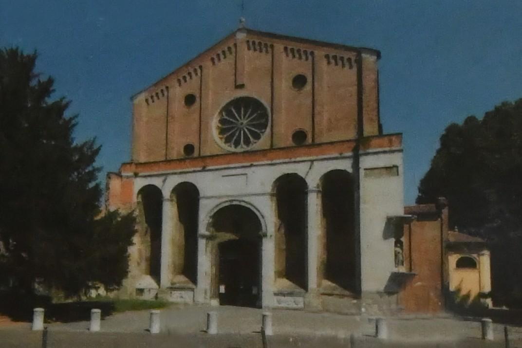 Façana de l'església dels Eremites de Pàdua