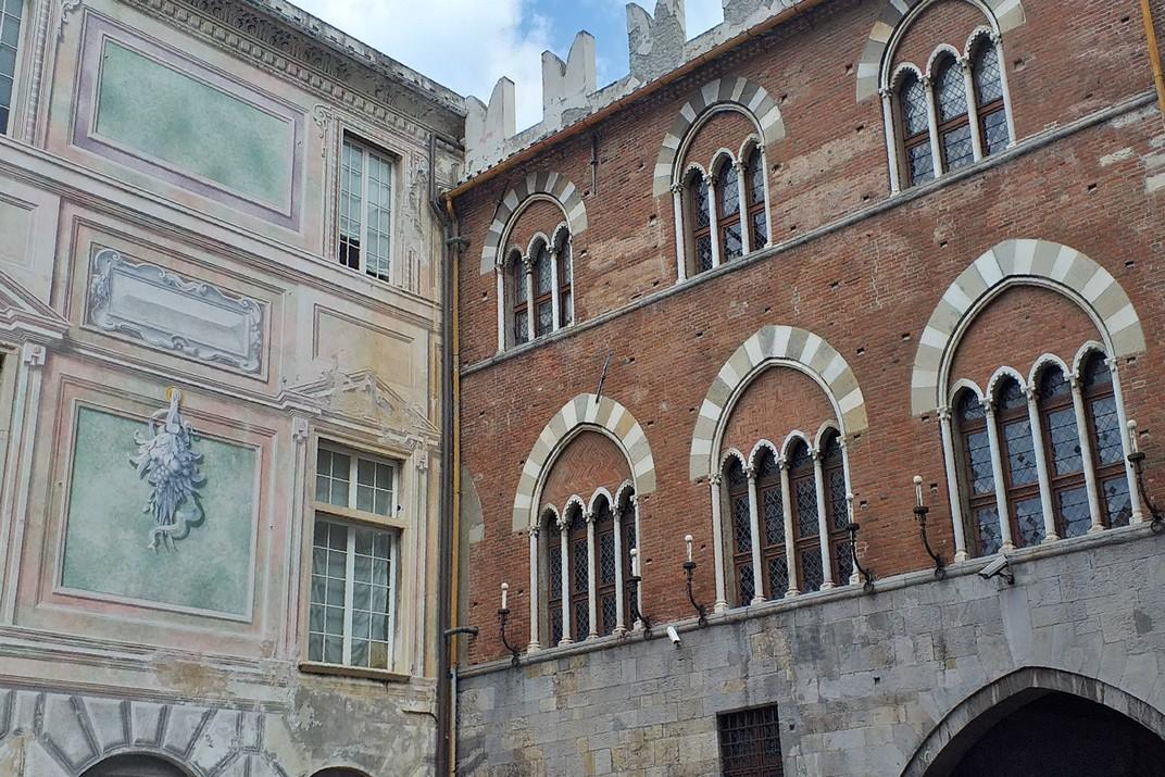Façana posterior del Palau de Sant Jordi de Gènova