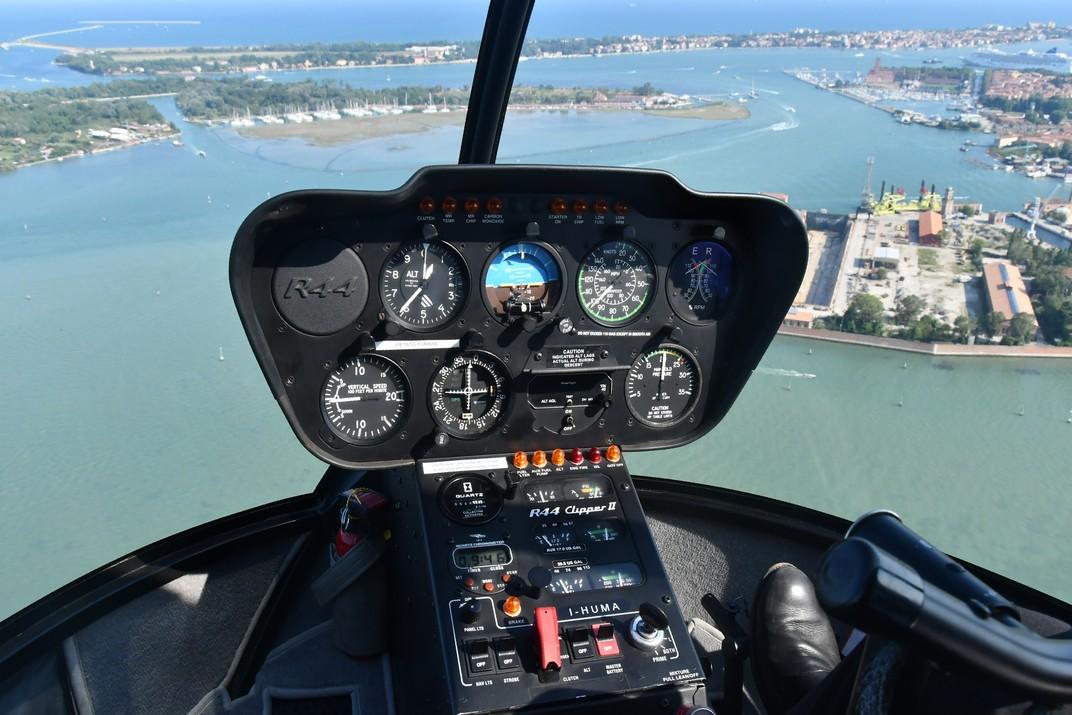 Helicòpter i la llacuna de Venècia
