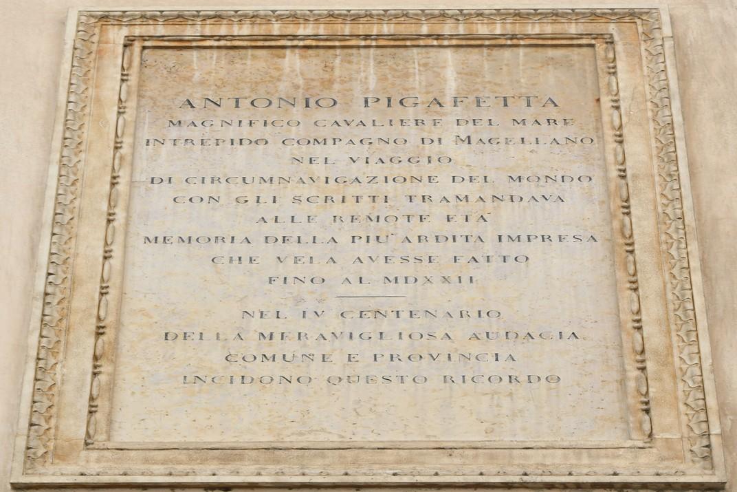 Inscripció Casa Pigafetta de Vicenza