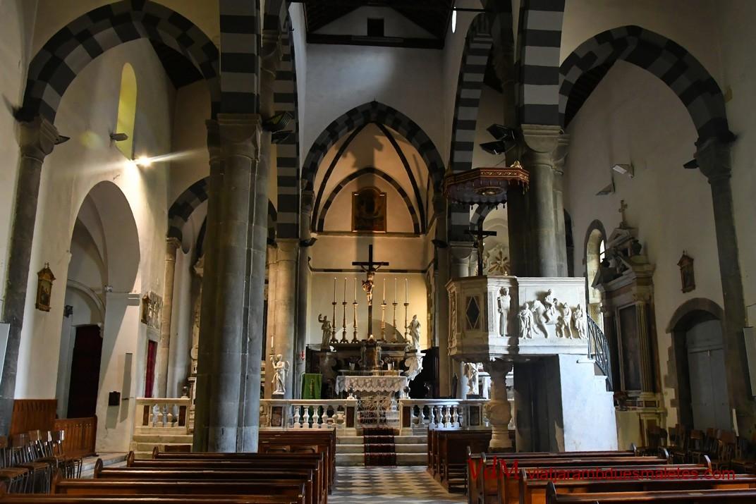 Interior de l'església de Sant Joan Baptista de Riomaggiore