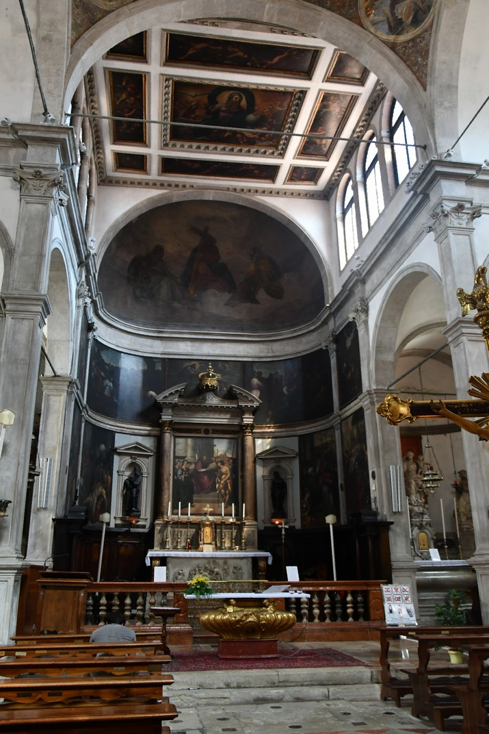 Interior de l'església de Sant Joan Crisòstom de Venècia