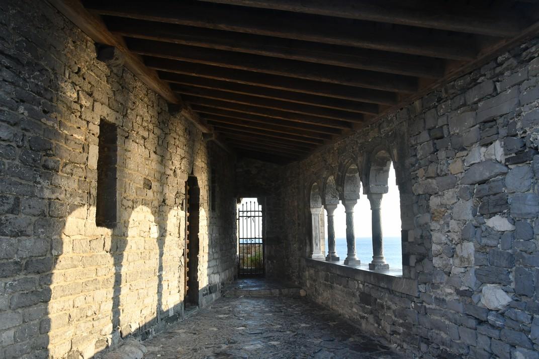 Lògia de l'església de Sant Pere de Portovenere - Riomaggiore