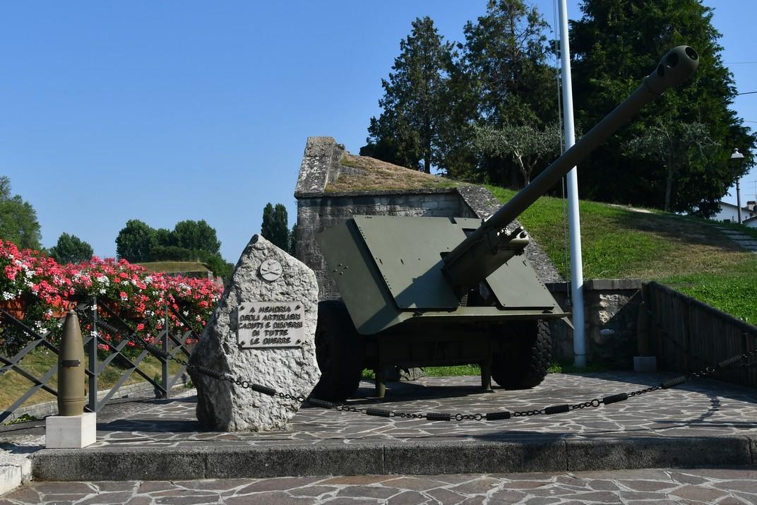 Monòlit de la fortalesa de Peschiera del Garda