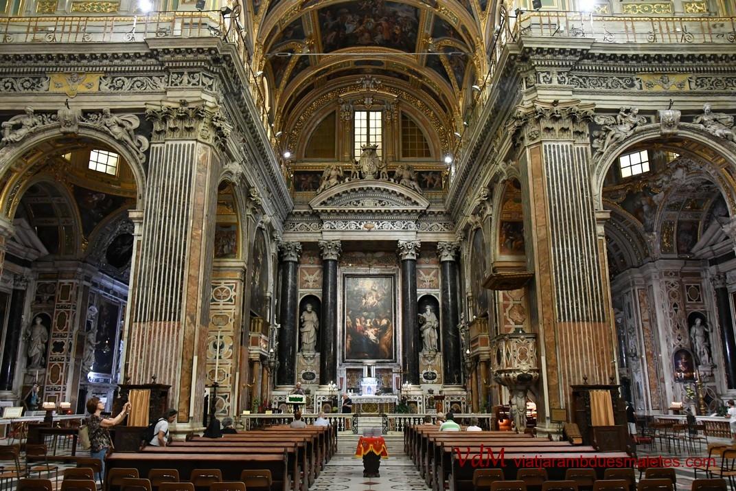 Nau central de l'església de Jesús de Gènova