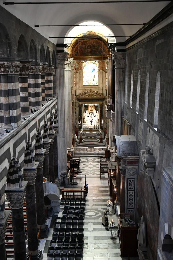 Nau lateral dreta de la Catedral de Sant Llorenç de Gènova