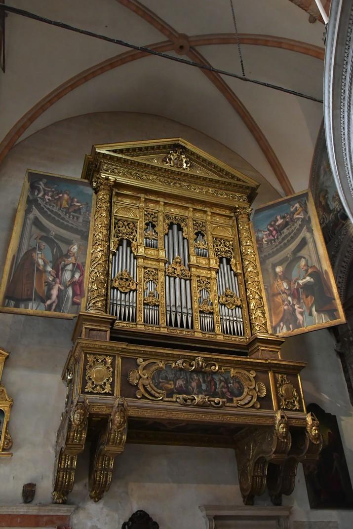 Orgue esquerra de la Catedral de Santa Maria Assumpta de Verona