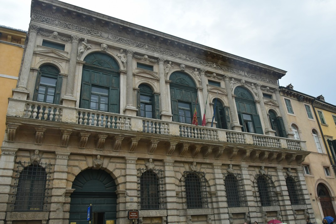 Palau Bevilacqua de Corso Cavour de Verona
