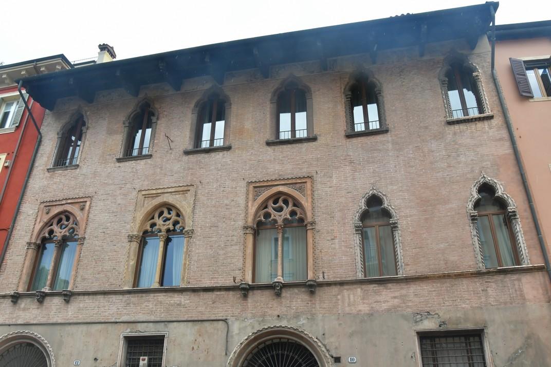 Palau Medici Glisenti de Corso Cavour de Verona