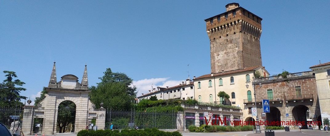 Plaça Gasperi de Vicenza