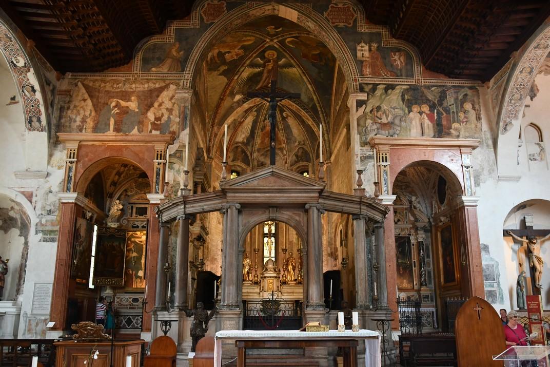 Presbiteri de l'església superior de Sant Fermo Major de Verona
