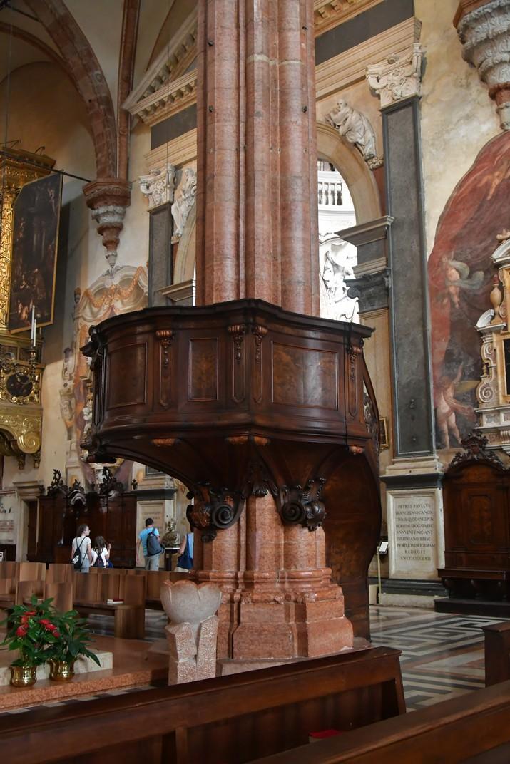 Púlpit de la Catedral de Santa Maria Assumpta de Verona