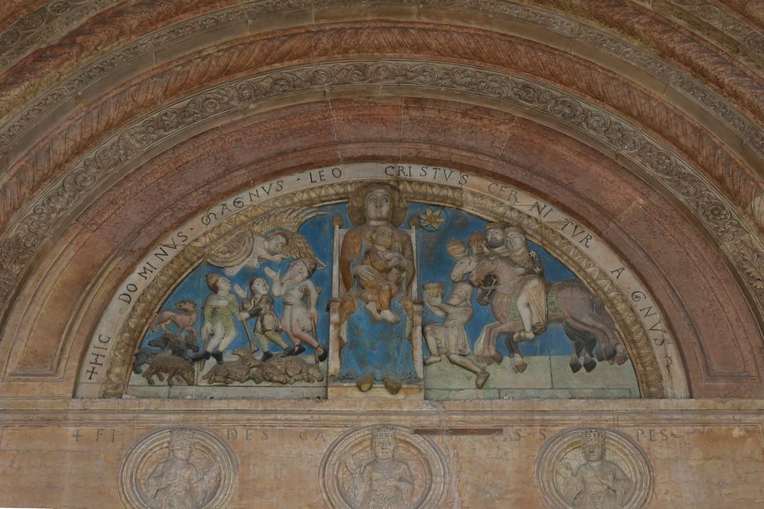 Timpà de l'atri major de la Catedral de Santa Maria Assumpta de Verona