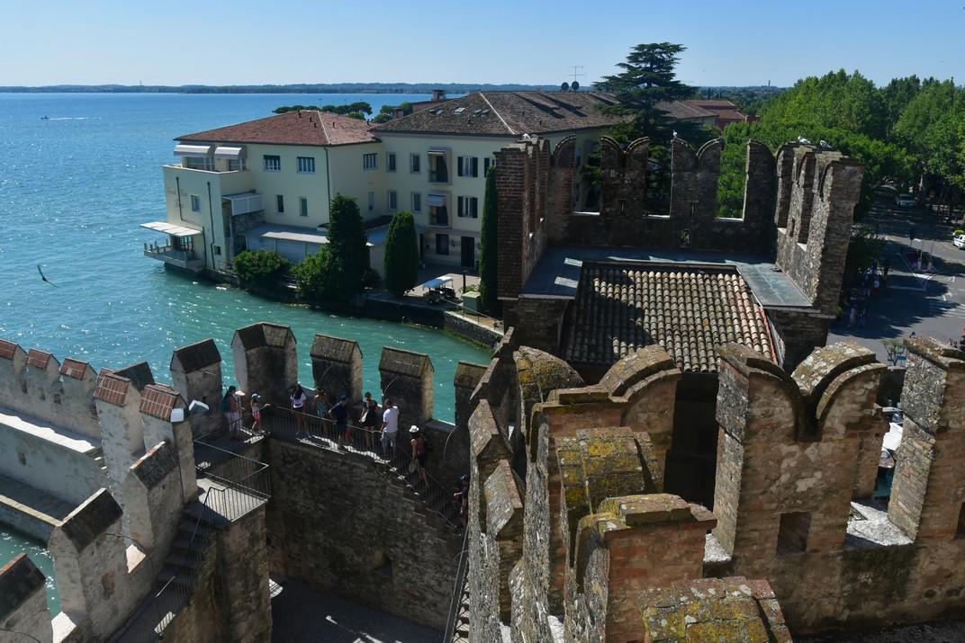 Torre de la Rocca Scaligera de Sirmione de Garda