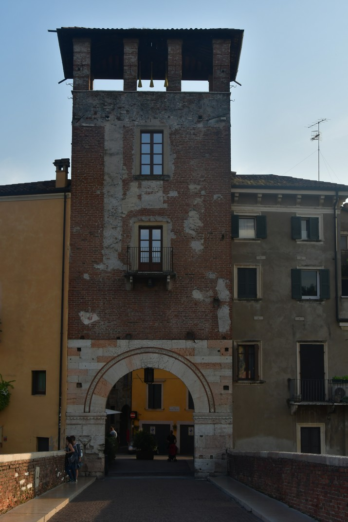 Torre del Pont de Pedra de Verona