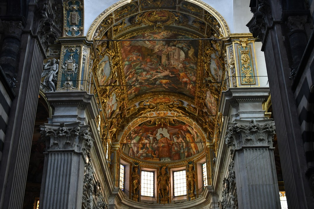 Volta presbiteri i absis central de la Catedral de Sant Llorenç de Gènova