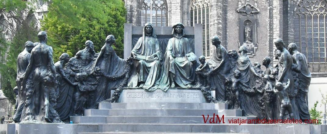 Monument als germans Van Eyck de Gant