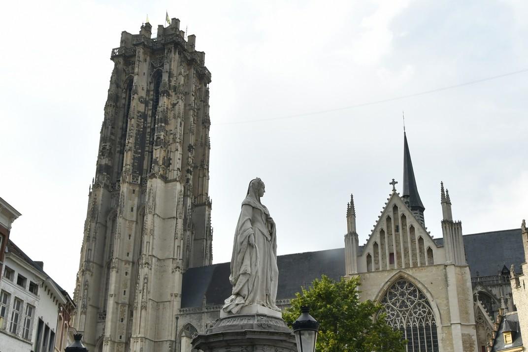 Monument de Margarida d'Àustria de Malines