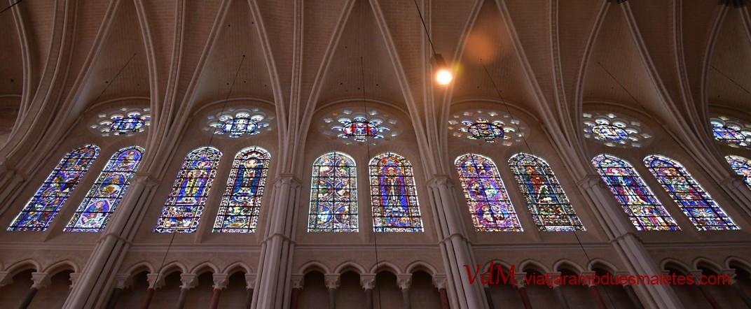 Vidrieres altes de la Catedral de Nostra Senyora de Chartres