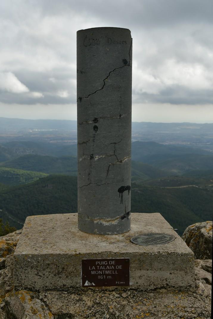Vèrtex geodèsic del Puig de la Talaia del Montmell
