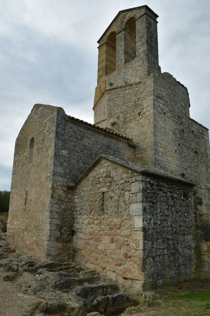 Capçalera de l'església de Sant Miquel d'Olèrdola