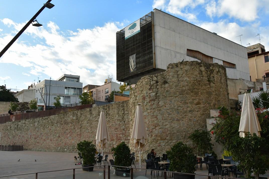 Torre i muralla de Can Xammar de Mataró