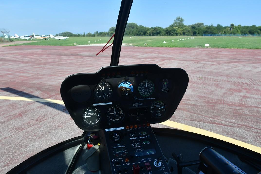 Helicòpter a l'aeroport Nicelli de Venècia