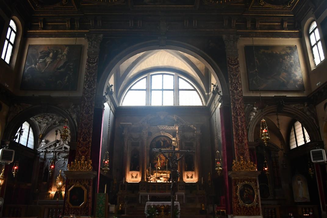 Interior de l'església de San Julià de Venècia