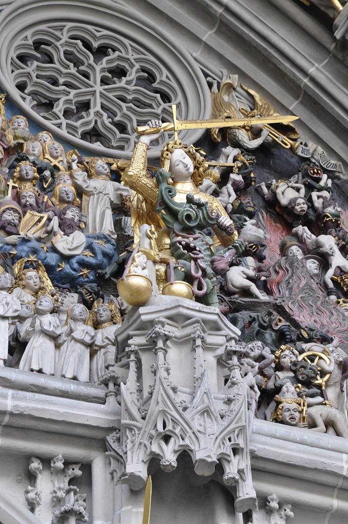 Arcàngel Gabriel del pòrtic del Judici Final de la Catedral de Berna