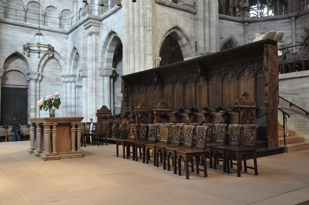 Cadirat de la nau central de la Catedral de Basilea