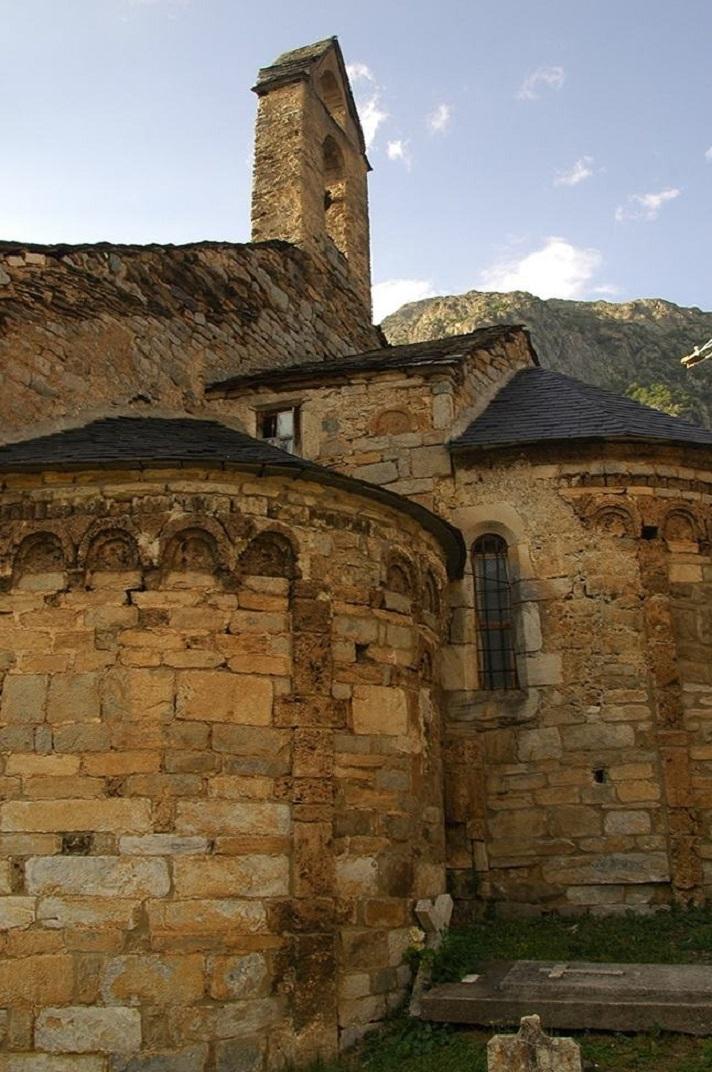 Capçalera de l'església de Santa Eulàlia d'Unha